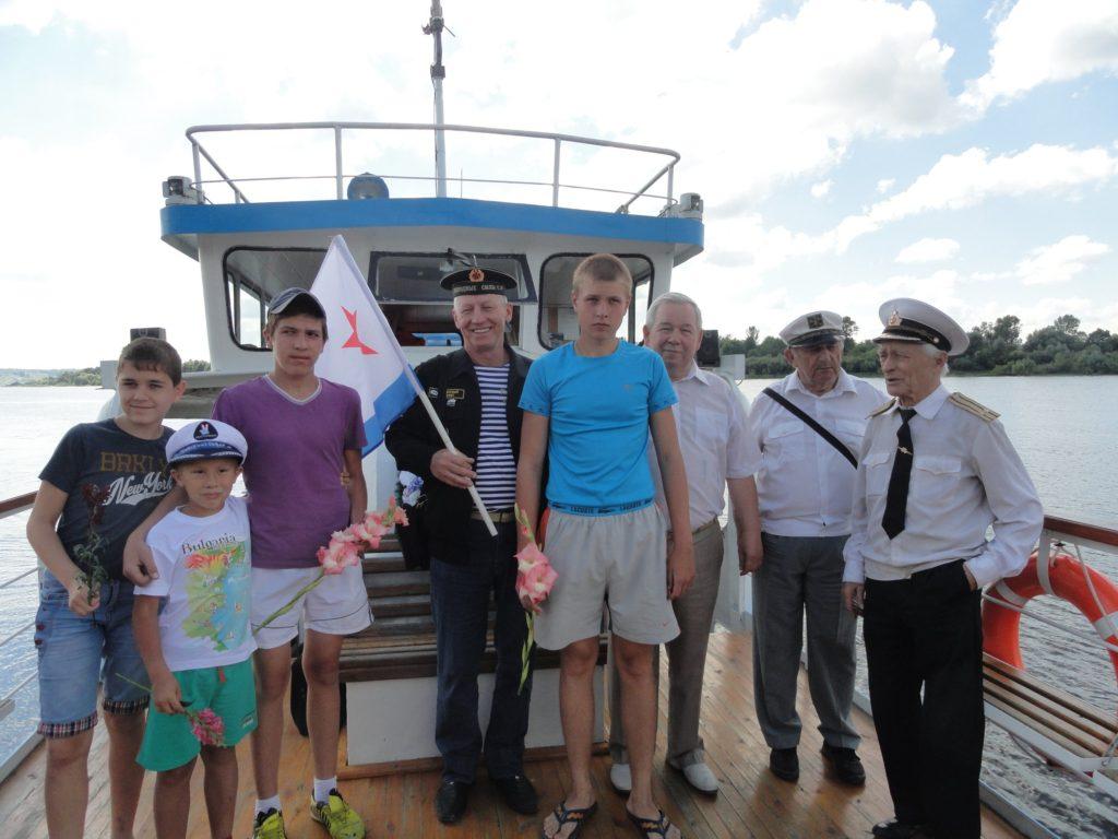 """В память о гибели экипажа атомной подводной лодки """"Курск"""""""