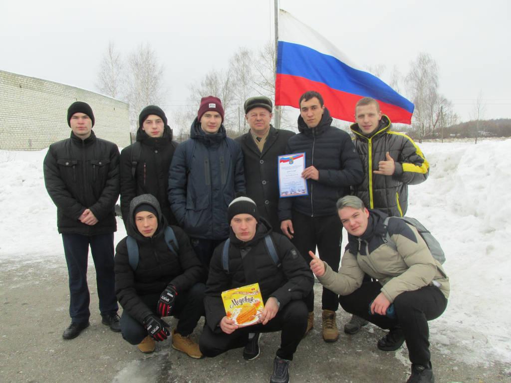 """Военно-спортивная игра """"Достойная смена"""""""