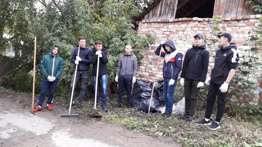 Экологическая акция «Нашим рекам и озерам – чистые берега».