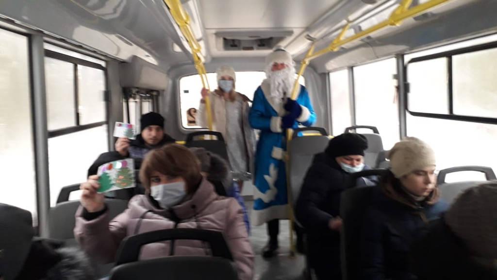 Студенты Касимовского техникума водного транспорта продолжили участие в новогодних акциях.