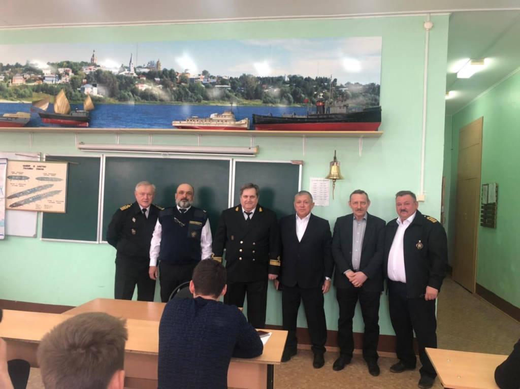 Дипломирование членов экипажей судов внутреннего водного транспорта.